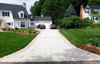 concrete paving w/ brick