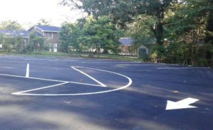 white line striping